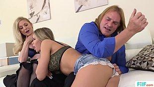 Allie Haze masáž sex